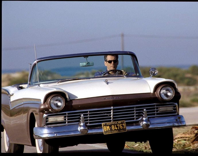 ford-fairlane-james-bond-filmleri